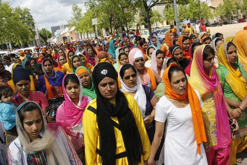 La immigració canvia la fisonomia d'Osona. Es celebra a Vic la gran festa sikh de khalsa