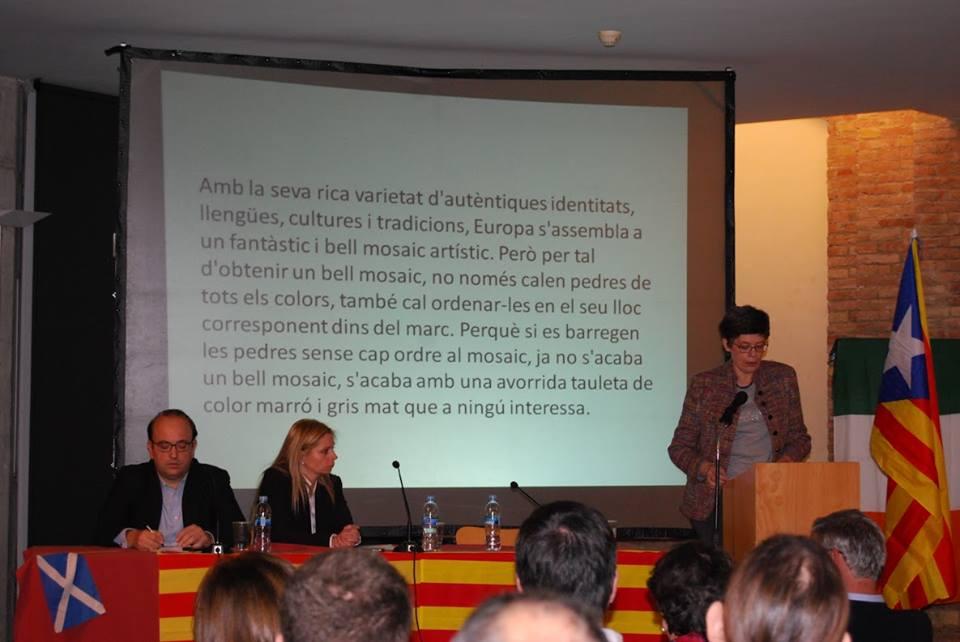 Intervenció de Hilde de Lobel (Vlaams Belang) en la presentació de SOM Catalans.