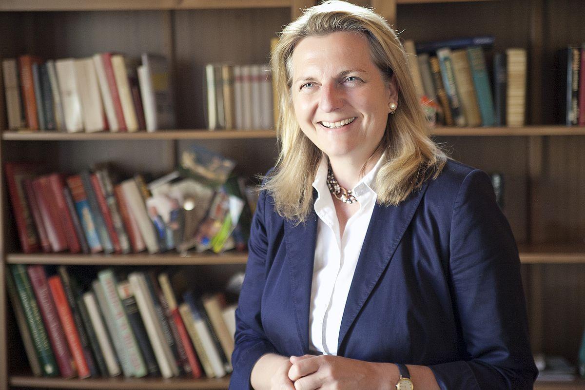 La nova ministra d'Exteriors austríaca, Karin Kneissl (del FPÖ), partidària de la independència de Catalunya.